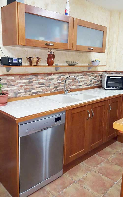 Muebles De Cocina De Madera Carpinteria Ebanisteria Salvador Diaz E - Azulejo-para-cocina-rustica