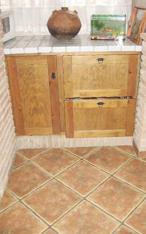Muebles de cocina de madera carpinter a ebanisteria for Mueble platero