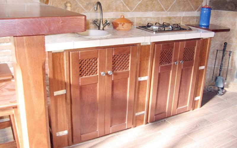 Muebles de cocina de madera carpinter a ebanisteria - Cocinas rusticas de obra ...