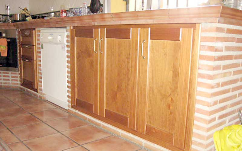 Muebles de cocina de madera carpinter a ebanisteria for Muebles de obra rusticos