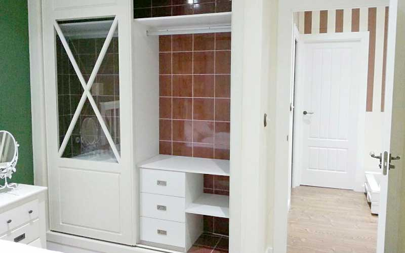 Muebles de dormitorio de madera carpinter a ebanisteria - Cabeceros con compartimentos ...